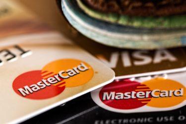 楽天プレミアムカードはお得!楽天市場での獲得ポイントを増やす